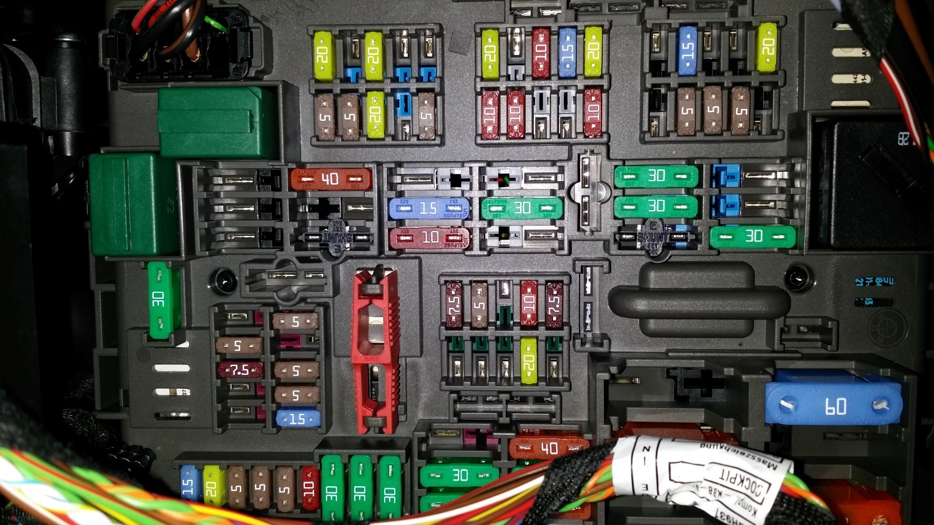 Good Switched 12v Circuit In The Fuse Panel For Radar Detectors Gps Homelink Wiring Diagram This Is 2nd 5a Slot Row From Top Note That Your X1 Depending On Year Trim Options And Maybe Regional Market